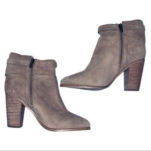 NEW Vince Camuto Beige Suede and Booties - Size 10